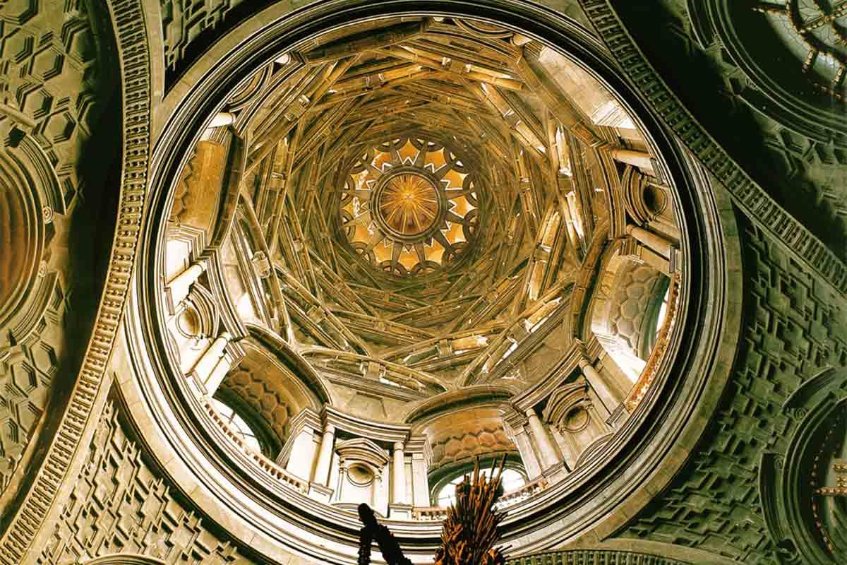 2 eventi sulla Cappella della Sindone: Conferenza e VISITA GUIDATA