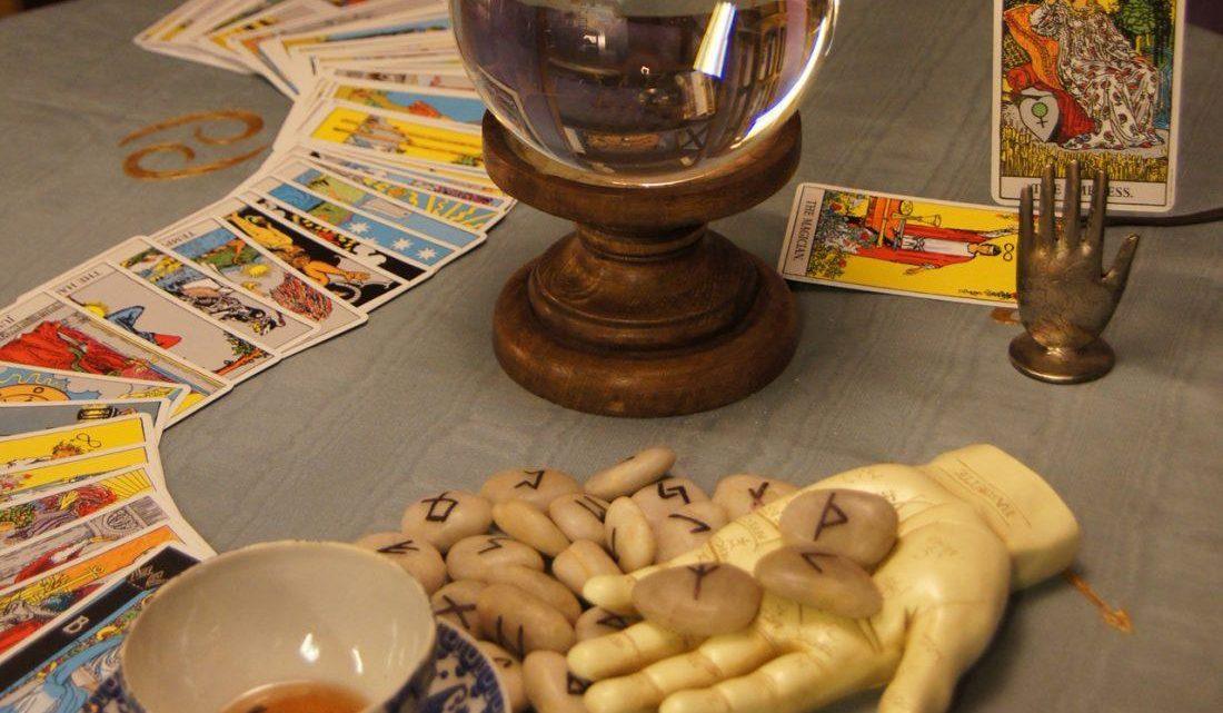 6 feb 2020 – Tecniche di divinazione